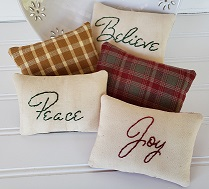 Homespun Christmas Saying Pillows