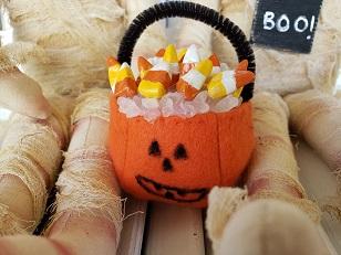 Halloween Mummy Ann & Andy
