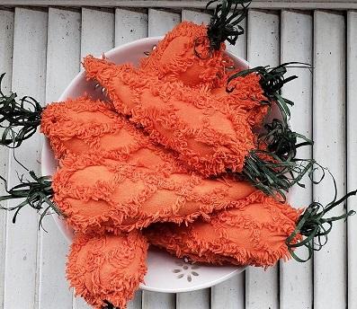Chenille Carrots Bowl Filler