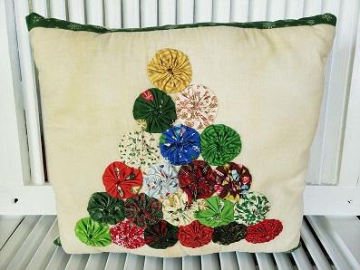 Christmas Tree Yo Yo Pillow