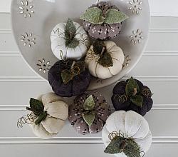 Farmhouse Diamond Textile Pumpkin Set