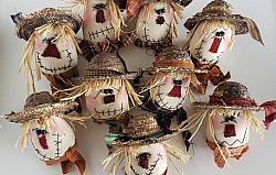 Primitive Scarecrow Bowl Filler