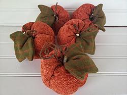 Chenille Tweed Pumpkins