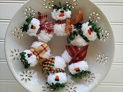 Chenille Christmas Snowman Ornaments Set