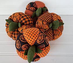 Halloween Homespun Pumpkins